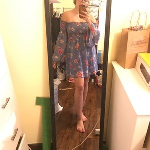 Forever 21 long sleeve floral dress
